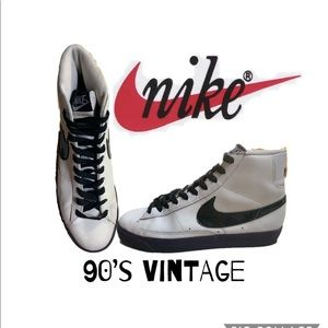 90's vintage Nike classic black /white high top